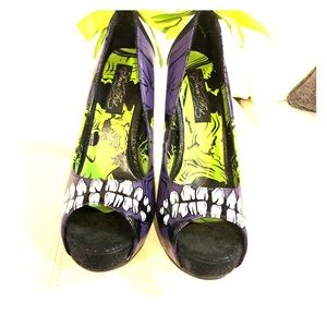 Glow in the dark iron fist monster shoes